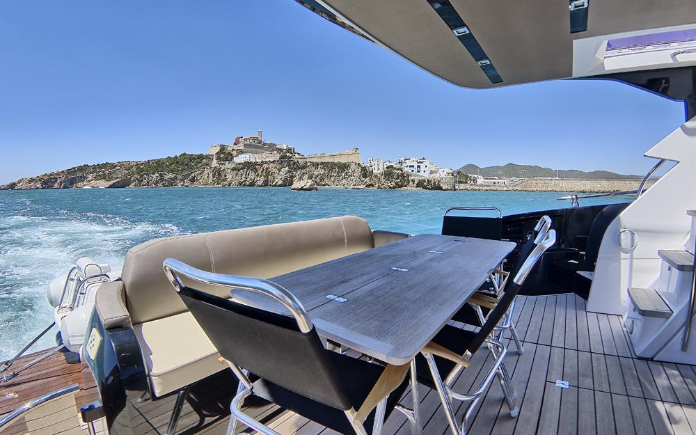 Ibiza desde el mar